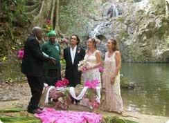 Poroka v tujini, Karibi, Tobago, poroka pri slapu